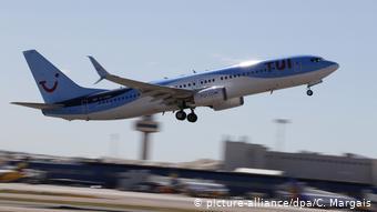 Την Κυριακή η Tui ακύρωσε προγραμματισμένα δρομολόγια από Βρετανία προς Ισπανία