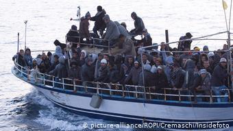 Νέο μεταναστευτικό κύμα από την Τυνησία, η οποία πλήττεται από οικονομική κρίση