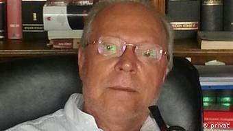Ο καθηγητής Διοικητικού Δικαίου Μετίν Γκιουντάι