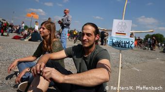 Διαδηλωτές ενάντια στα μέτρα προστασίας στη Στουτγκάρδη