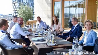Belgien Brüssel I EU-Gipfel I Charles Michel I Ursula von der Leyen (imago images/Belga/E. Vidal)