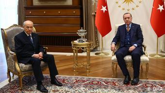 Türkei Recep Tayyip Erdogan und Devlet Bahceli (DHA)