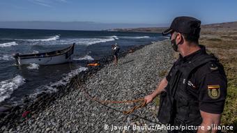 Εκατοντάδες άνθρωποι χάνουν τη ζωή τους κατά τον επικίνδυνο διάπλου του Ατλαντικού