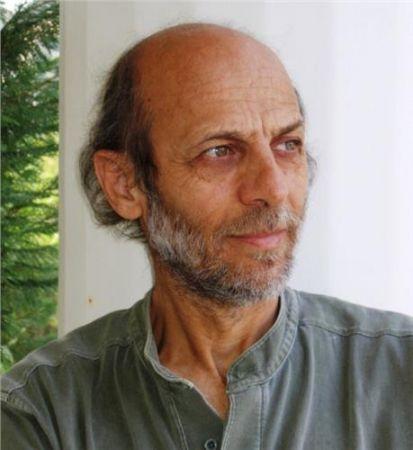 Ο καθηγητής Μανόλης Κορρές
